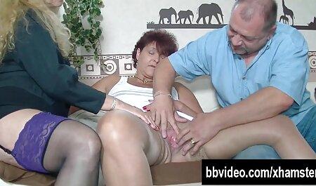 Tre lesbiche calde usano video porno orge italiani l'olio